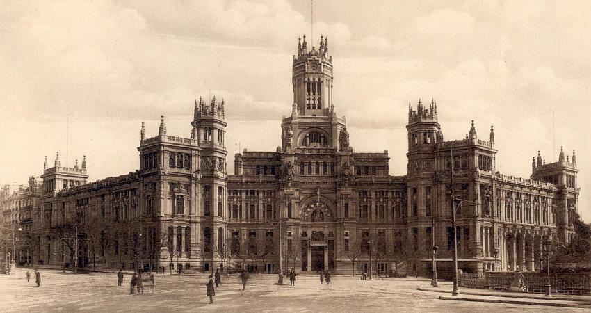 Palacio de Cibeles. 1919.  Photo: Madrid's History Museum